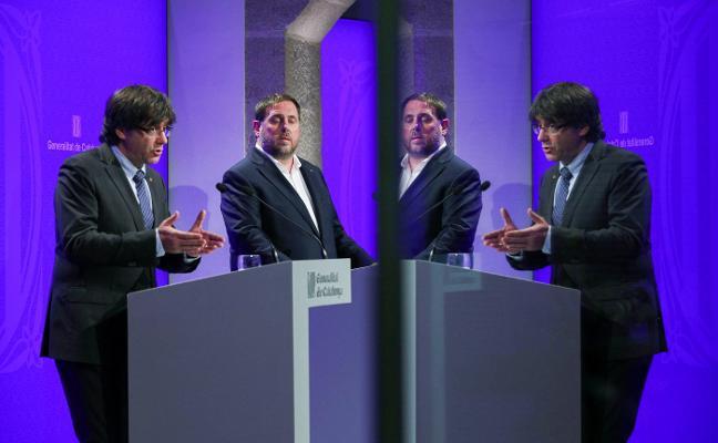Puigdemont y Junqueras descartan la secesión unilateral en sus programas