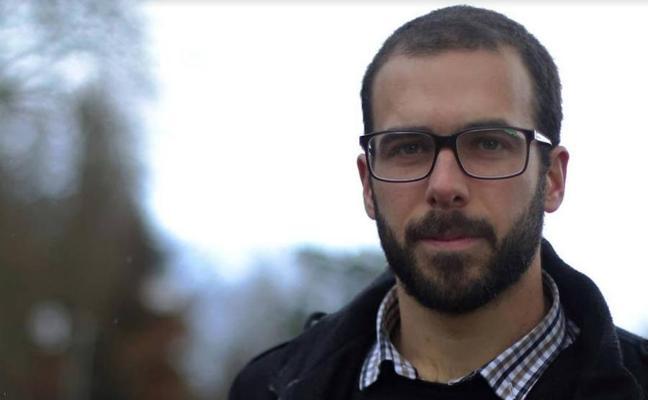 Sergio Navarro: «Hace falta cierta fe para dedicarse a escribir poesía»