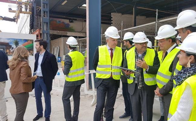 La primera fase de la reforma del Carrefour Los Patios estará lista a finales de enero