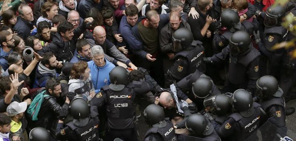 PP, PSOE y Cs rechazan investigar la intervención policial del 1-O