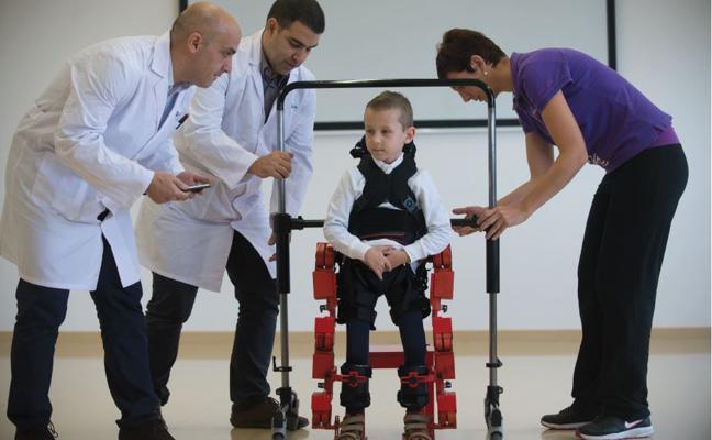 Un 'robot' español para que Jens pueda andar