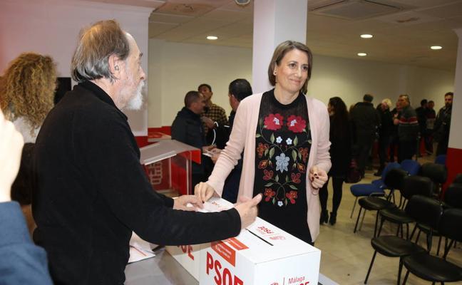 Aguilera arrebata el liderazgo del PSOE de Ronda a la alcaldesa