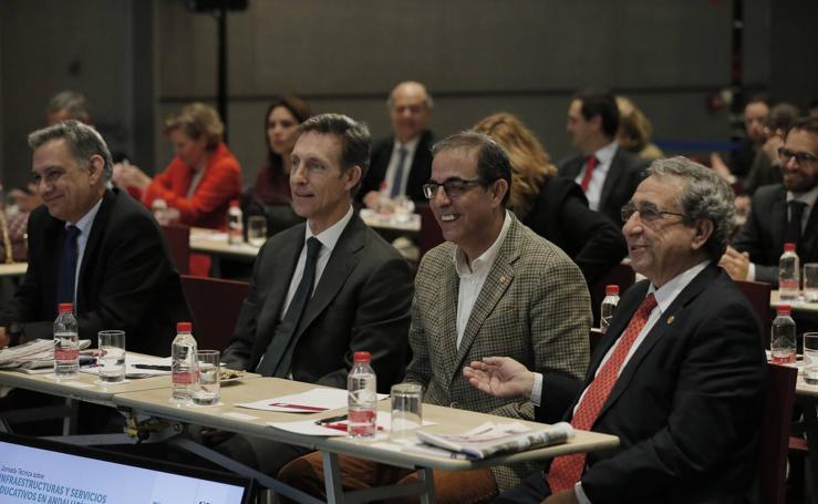 Encuentro SUR sobre infraestructura y servicios educativos en Andalucía