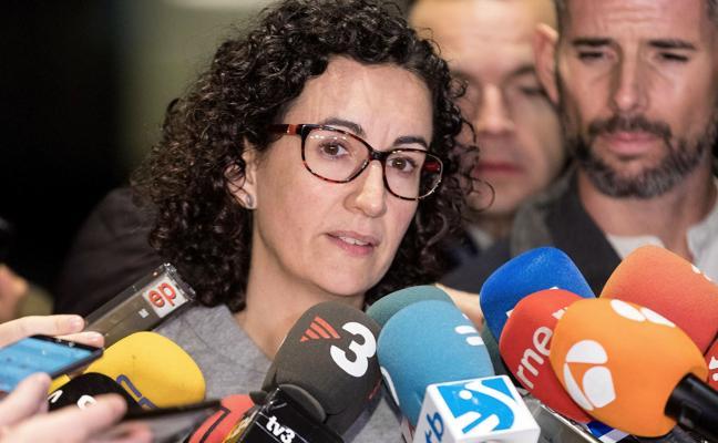 Rovira defiende «empoderar a los ayuntamientos» para construir una república catalana