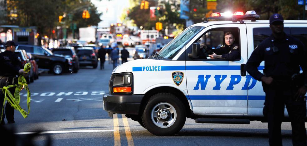 Un muerto y cinco heridos, dos críticos, tras un atropello deliberado en Nueva York