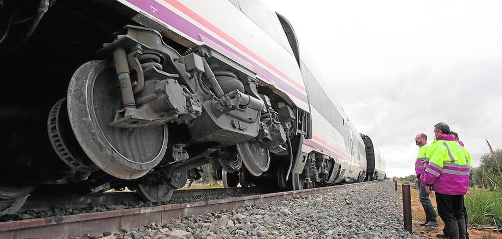 Afectados por el descarrilamiento del tren a Sevilla inician un contencioso contra Adif