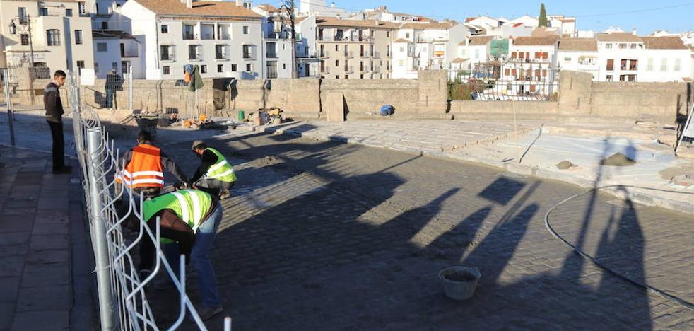 Vecinos de Ronda prevén manifestarse en contra del cierre parcial al tráfico del Puente Nuevo