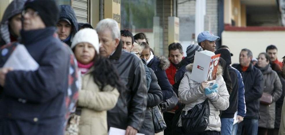 Descenso del paro en Andalucía en noviembre