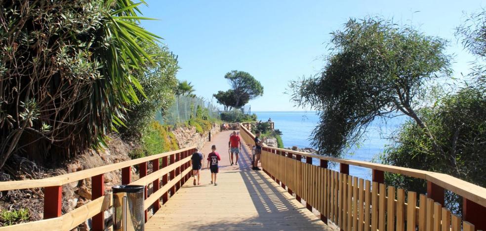 El Ayuntamiento de Estepona licita el tramo de la senda litoral en Las Dunas