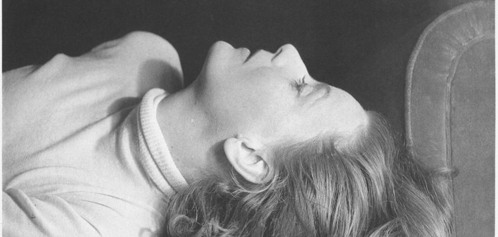 Greta Garbo: divina y sola