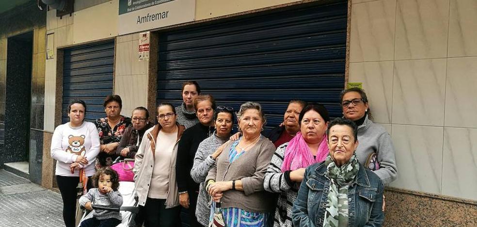 El economato social de El Palo, la necesaria apertura que se eterniza