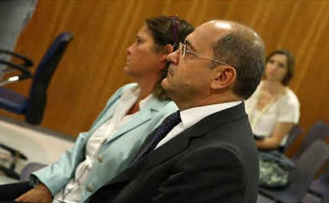 Rebajan a un año la condena al exdueño de Aifos por quedarse dinero de los compradores de una casa
