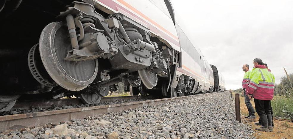 Abren diligencias por el accidente del tren Málaga-Sevilla y piden a Renfe informes sobre la caja negra