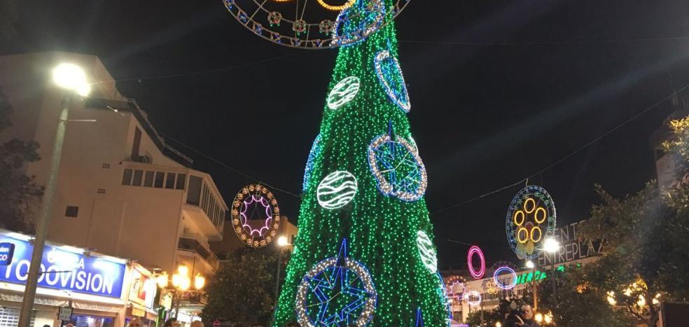 Torremolinos inaugura su alumbrado de Navidad