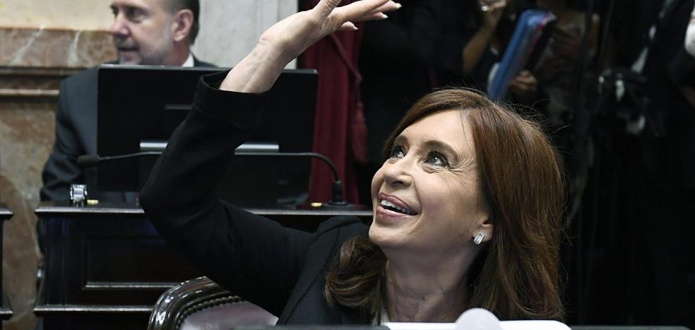 La justicia argentina solicita el arresto de Fernández por «traición a la patria»