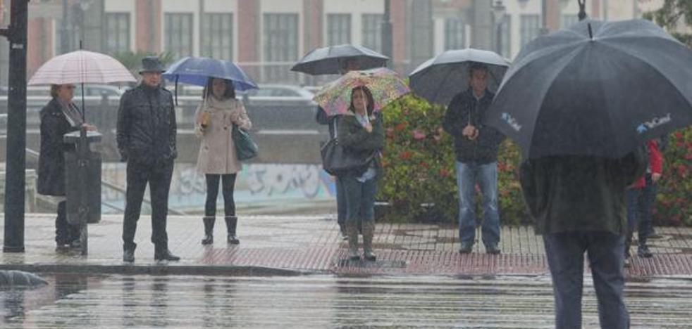 Vuelven las lluvias generalizadas este lunes en toda la provincia de Málaga