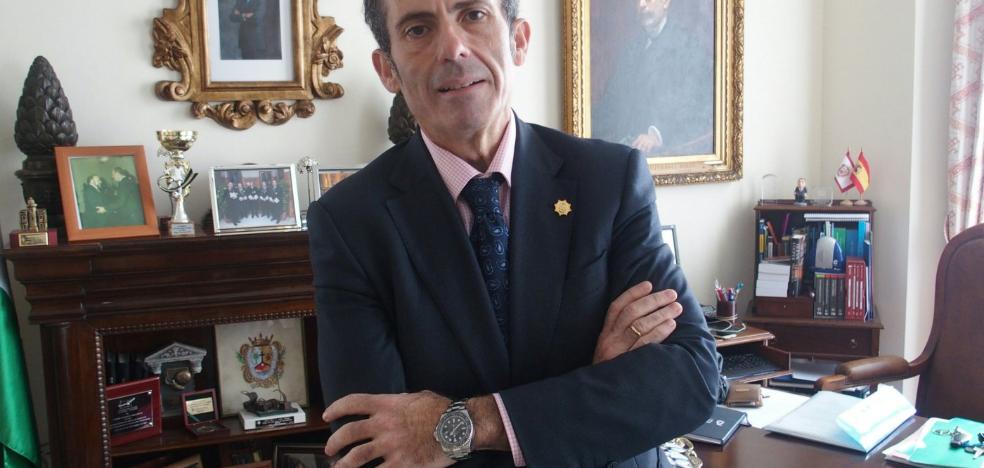Justicia concede al decano del Colegio de Abogados de Málaga la Cruz de San Raimundo de Peñafort