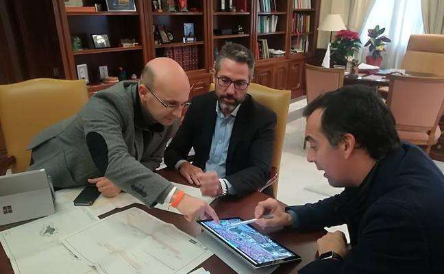 Mijas explora ya las posibles vías para financiar la construcción del nuevo hospital