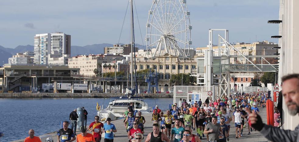 Todas las fotos del Zurich Maratón de Málaga 2017