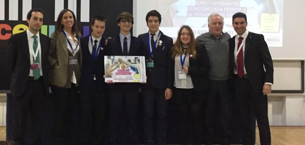 Maristas de Málaga, ganador de la primera edición del Torneo Nacional de Debate por la Igualdad