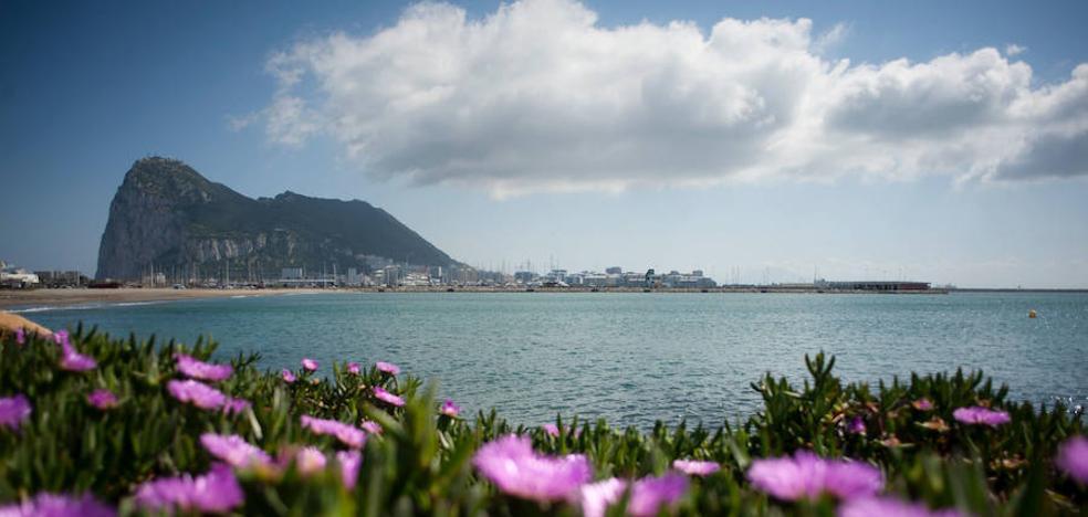 Londres reitera su compromiso con Gibraltar en la negociación del 'Brexit'