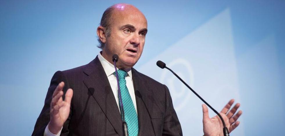 De Guindos confía en que Cataluña vuelva a crecer por encima del 3%