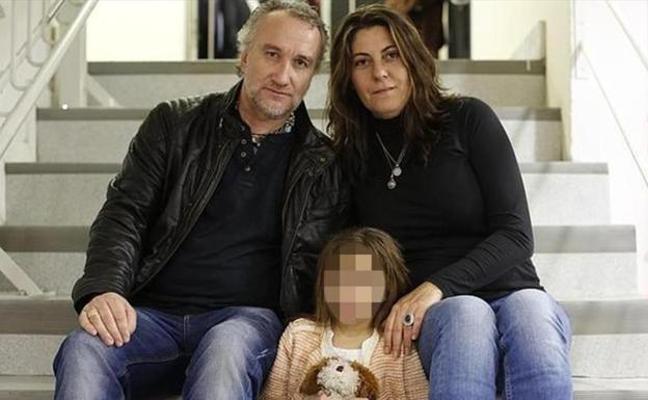 El fiscal pide seis años de cárcel para los padres de Nadia por estafa continuada