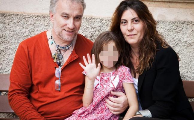 El fiscal pide seis años de cárcel para los padres de Nadia por estafar un millón