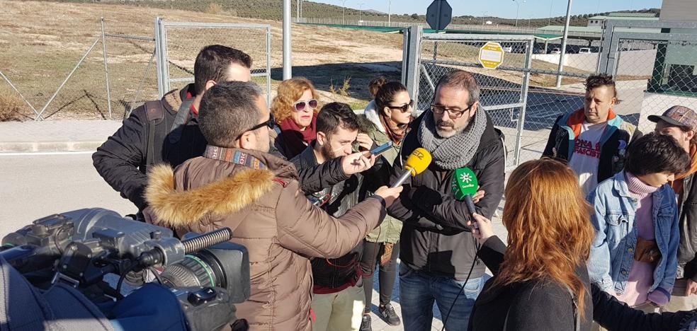 Intensifican las protestas contra el 'CIE de Archidona' y anuncian movilizaciones
