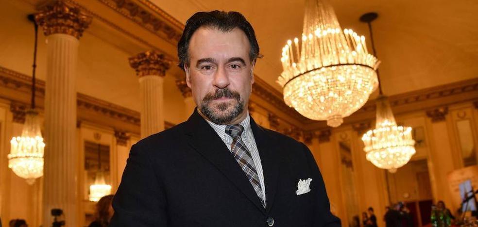 La Universidad de Málaga nombrará doctor honoris causa al barítono Carlos Álvarez