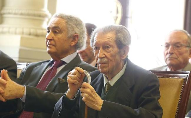 El amigo Manuel Alcántara