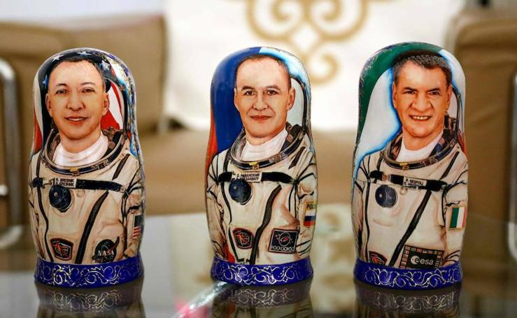La nave rusa Soyuz MS-05 aterriza en la estepa kazaja