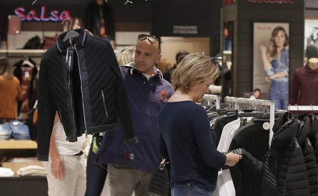 ¿Qué tiendas abren en Málaga este domingo, 17 de diciembre de 2017?