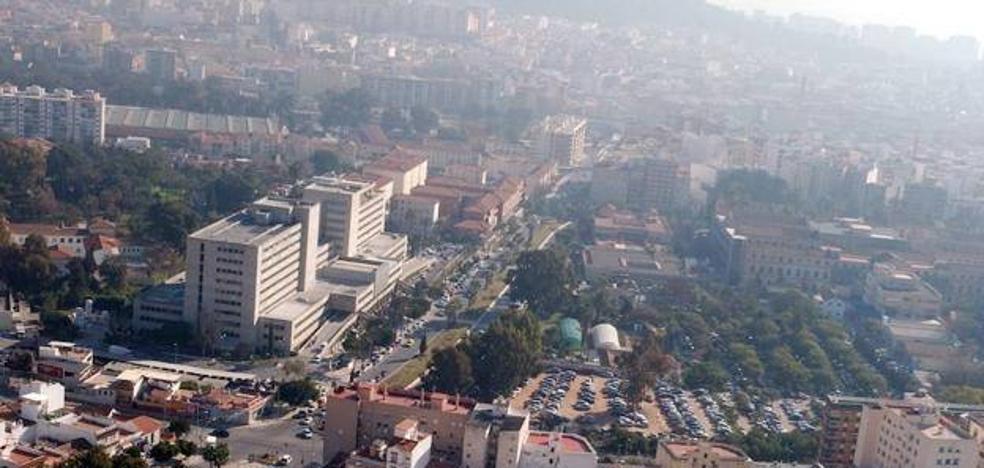 Salud recibe el documento de los expertos sobre el nuevo hospital del SAS en Málaga