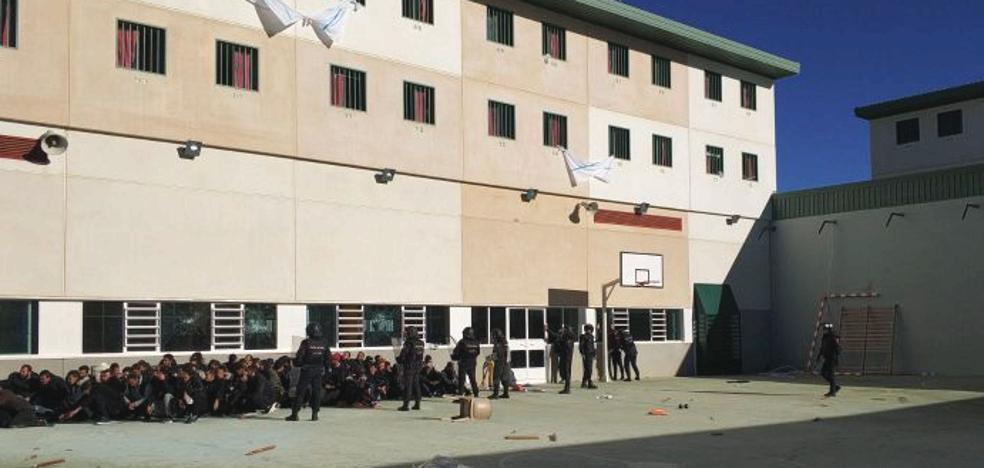 Incidentes provocados por inmigrantes en el CIE de Archidona obligan a intervenir a los antidisturbios