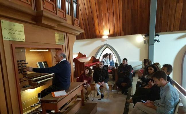 Partituras y melodías de órgano malagueño en Beirut