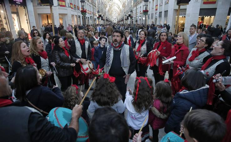 25 pastorales celebran la Navidad con un pasacalles por el Centro de Málaga