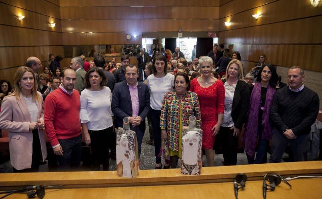 Irma Soriano y Flor de Torres, galardonadas con el IV Premio Carmen Olmedo