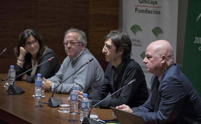 Benjamín Prado reivindica a Alberti y León ante un centenar de lectoras