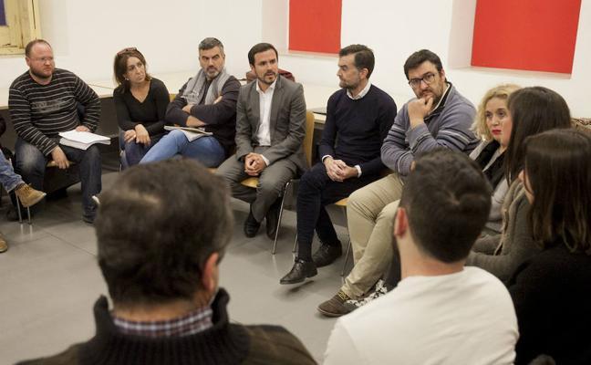 IU estudia llevar al Gobierno a los tribunales por internar a inmigrantes en la prisión de Archidona