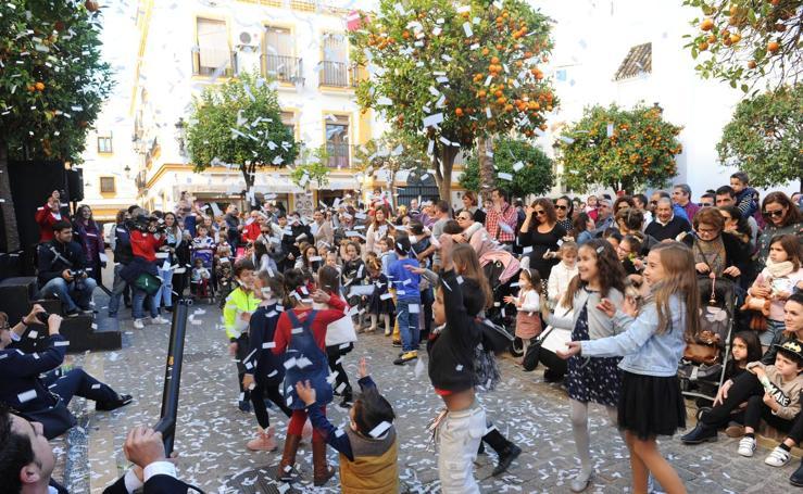 Marbella adelanta las campanadas de Nochevieja para los más pequeños
