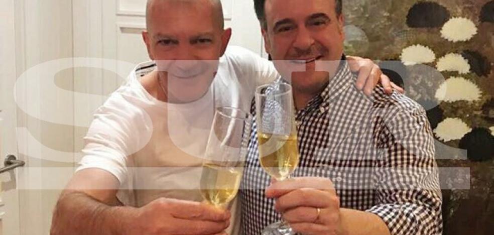 Antonio Banderas y Carlos Álvarez: Brindis por un gran 2018 para Málaga
