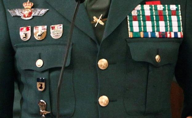 Insignias y distintivos del coronel Manuel Sánchez Corbí.