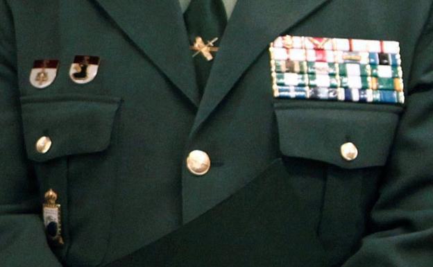 Insignias y distintivos del coronel Francisco Javier Jambrina Rodríguez.