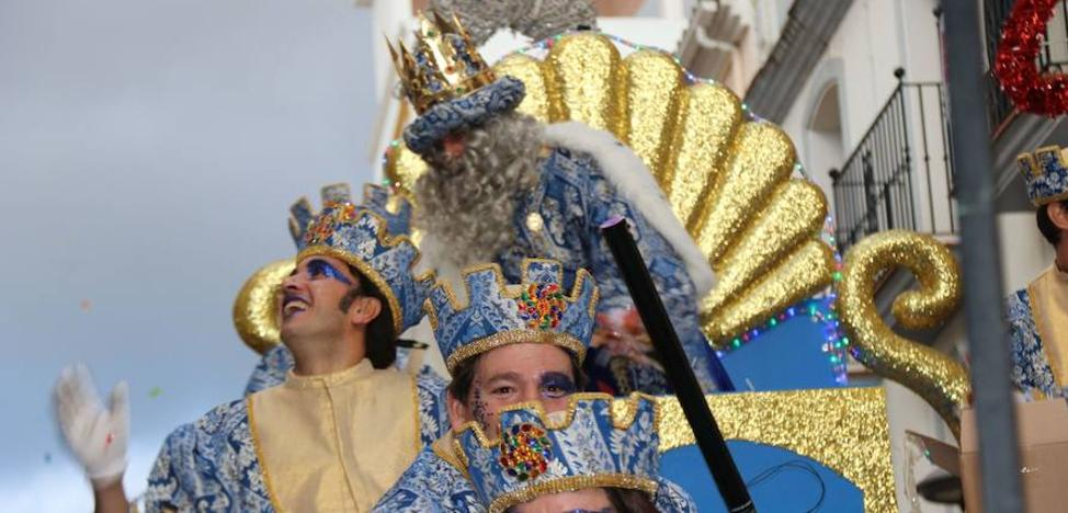 Los Reyes Magos reparten ilusión en Ronda