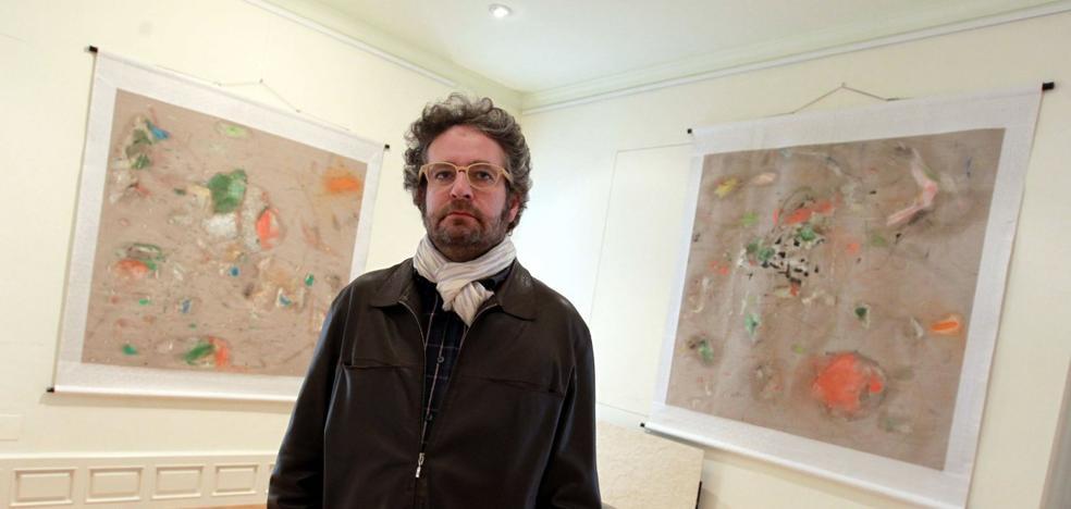 Cristóbal Ortega expone sus 'sudoraciones' pictóricas en Barcelona