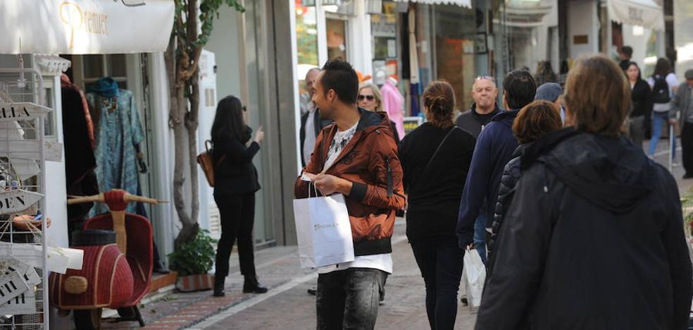 Marbella roza los 150.000 vecinos censados gracias al aumento de la población extranjera
