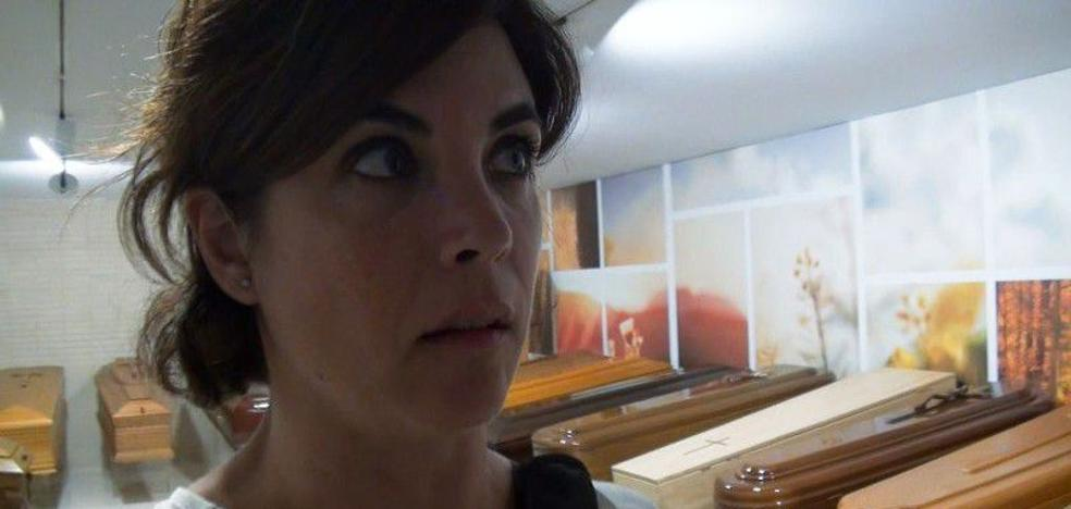 Samanta Villar organiza su funeral