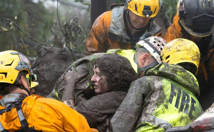 Destrozos provocados por las intensas lluvias en Montecito, California