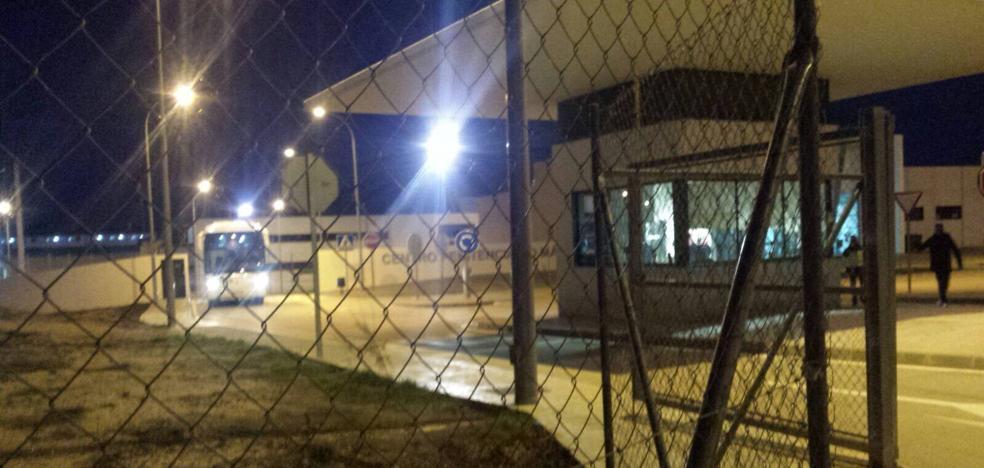 La abogada de la familia del fallecido en la cárcel de Archidona, preocupada por la dispersión de testigos tras el desalojo